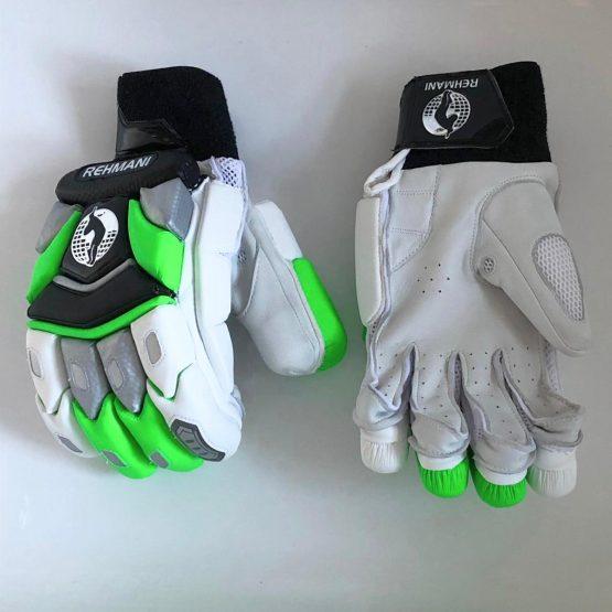 T20 gloves (2)
